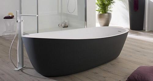 choisissez la forme de votre baignoire en fonction de vos envies douches et baignoires com. Black Bedroom Furniture Sets. Home Design Ideas