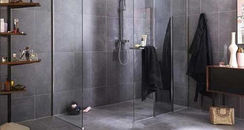 la baignoire en r sine ou gel coat douches et. Black Bedroom Furniture Sets. Home Design Ideas